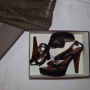 UGG Collection Gemma Black Stingray Sandals